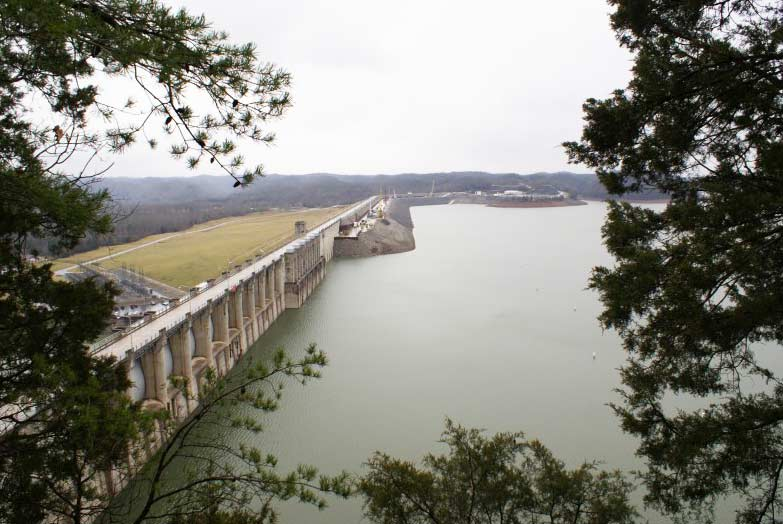 Wolf Creek Dam – Cumberland Lake